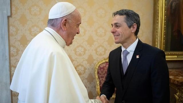 Papa Francestg ed Ignazio Cassis.