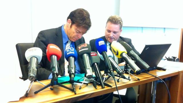 Christoph Mörgeli an der Medienkonferenz
