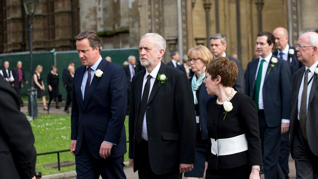 Politichers brits en malencurada.