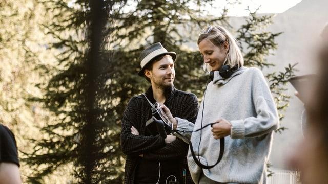 «Nr. 47»-Autor und -Produzent Adrian Spring (links) beim Dreh.
