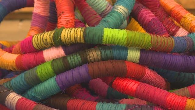 Art da textilia en da tuttas colurs.