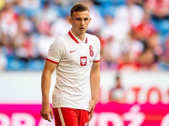 Polens Kacper Kozlowski ist mit 17 Jahren der jüngste EM-Teilnehmer.