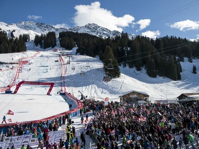 Ski-Fans in Lenzerheide.
