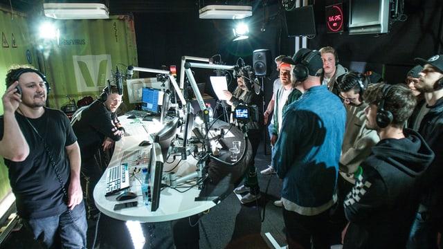 das volle Radio Studio von SRF Virus am Cypher-Tag