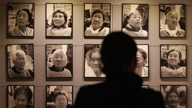Fotos von südkoreanischen Zwangsprostituierten für japanische Soldaten im 2. Weltkrieg.
