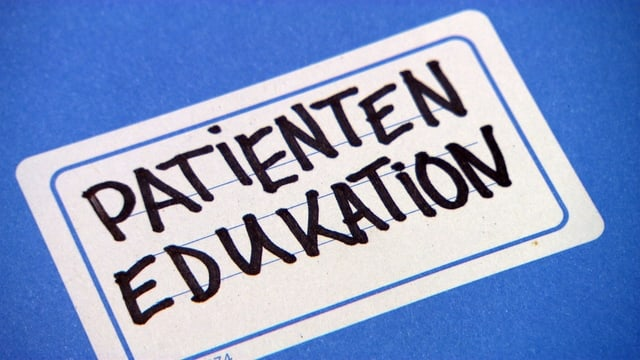 Video «Patientenedukation, Katastrophentraining, «Hallo Puls»» abspielen