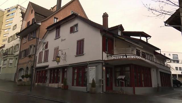 Video «Pizzeria Rebstock in Neuhausen (SH) - Tag 2» abspielen