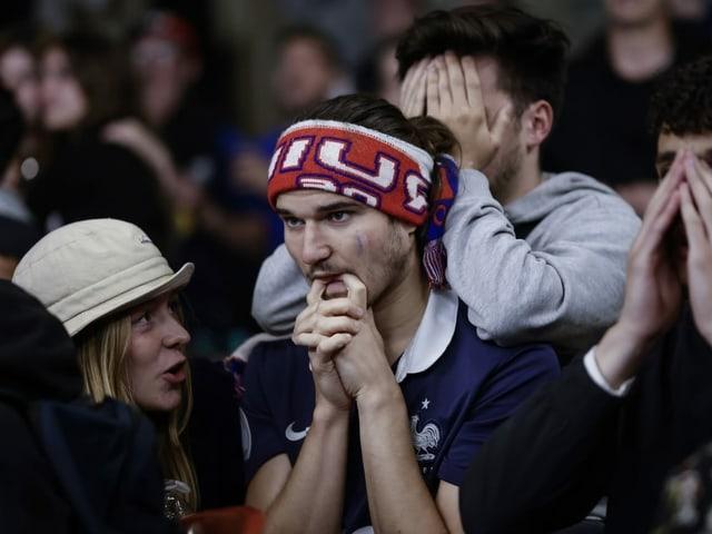 Enttäuschte Fans.
