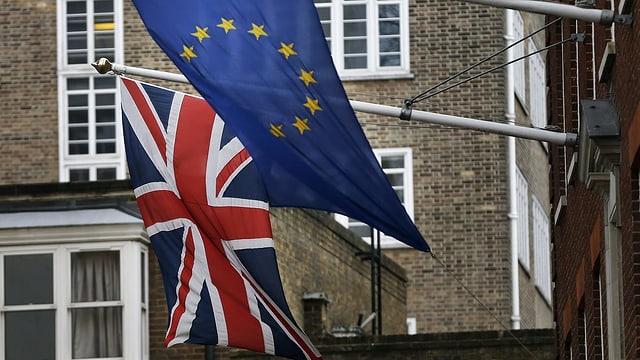 bandiera da Gronda Britannia e bandiera da UE.