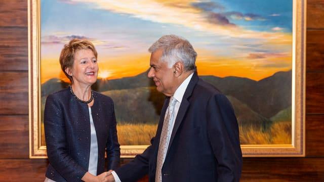 Bundesrätin Simonetta Sommaruga und der srilankische Premier Ranil Wickremesinghe.