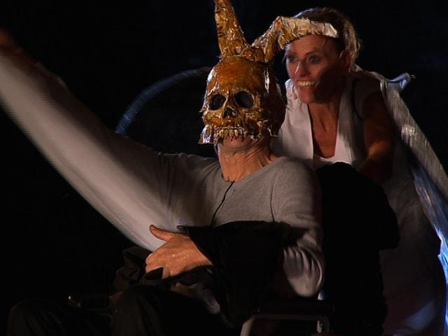 Schauspieler mit Maske