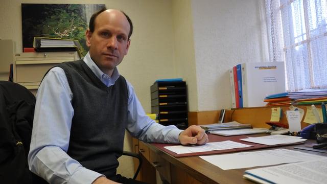 Daniel Albertin resta president communal.