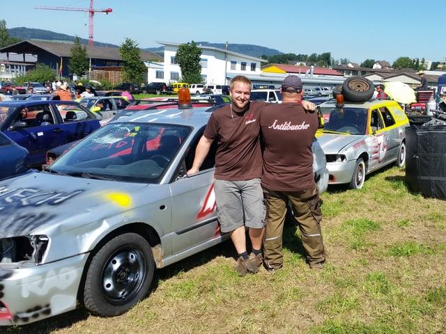SRF 3 Hörer Marin Baumann fährt für das «Team Äntlibuecher» an «Fun Car Rally» in Beromünster.