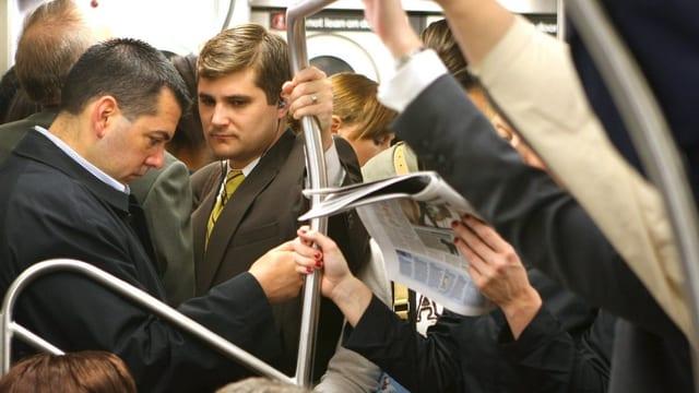 Pendler in der Metro