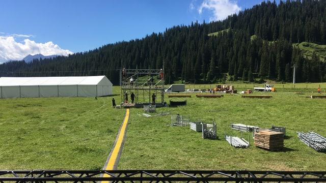 Areal da festa Alp plaun.