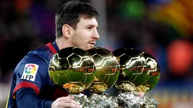 Lionel Messi wird seinen Vertrag beim FC Barcelona in Kürze bis 2018 verlängern.