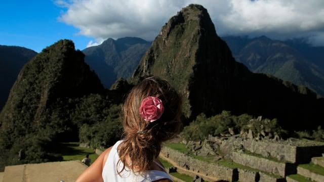 Reisende auf Machu Picchu in Peru