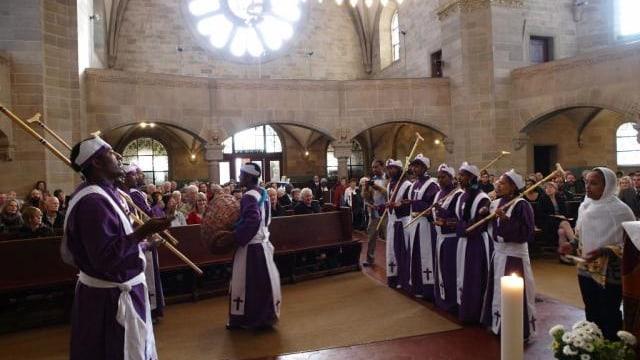 Gottesdienst mit Menschen aus Afrika in der Paulus-Kirche.
