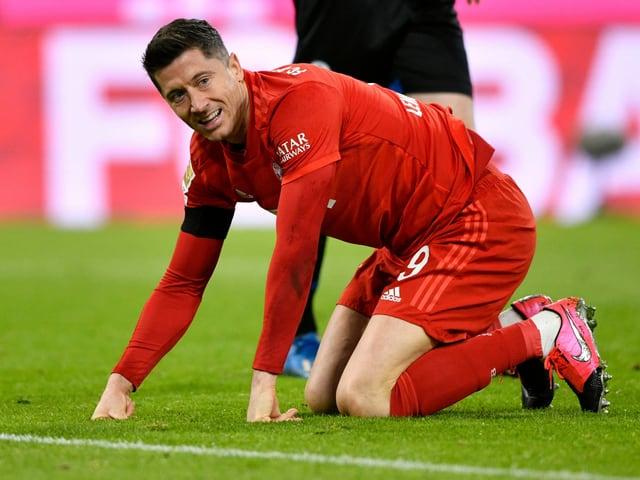 Überzeugte beim mühevollen 3:2 der Bayern als Doppeltorschütze: Robert Lewandowski.
