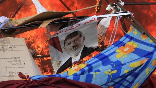 Bild vom gestürzten Präsident Mohammed Mursi.