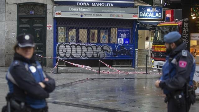 Abgesperrtes Gebäude in Madrid