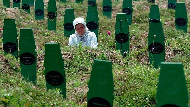 Ina dunna en malencurada al santeri da Srebrenica.