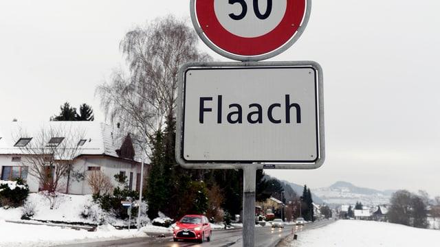 """Ortstafel """"Flaach"""""""