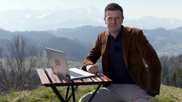 Nicolas Senn im Home Office