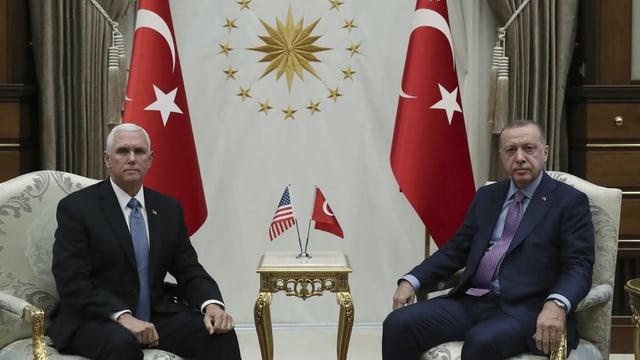 Mike Pence e Recep Tayyip Erdogan