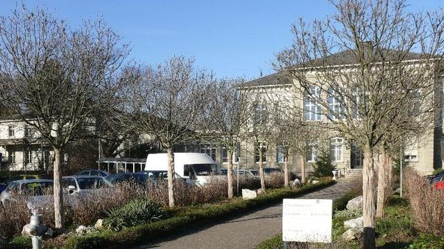 Eingangsbereich der Universitären Psychiatrischen Kliniken.