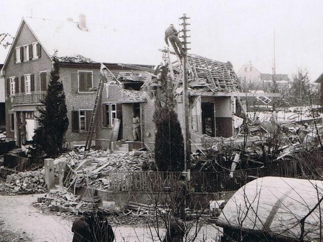 Von Bomben zerstörtes Haus
