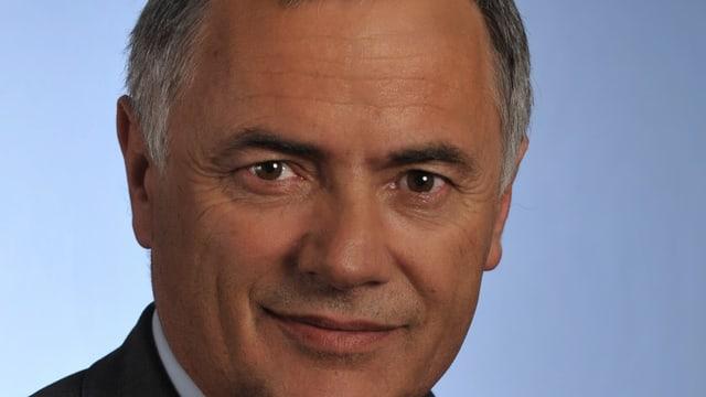 Hans Peter Michel.