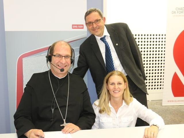 Vigeli Monn - avat Claustra Mustér; Martin Jäger - president da la regenza grischuna; CLaudia Cathomen - manadra da la centrala da rimnada da la Chadaina da Fortuna a Cuira.