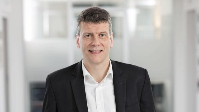 Claus Schmidt übernimmt die Nachfolge von David Thiel als CEO der IWB.