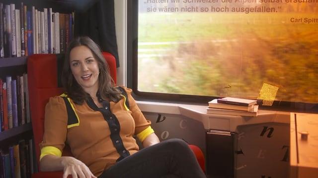 Video «Mit Nina Mavis Brunner aus dem Bücherzug» abspielen