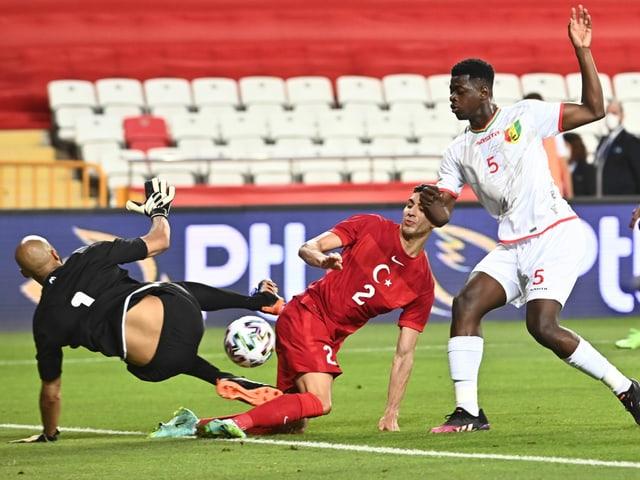 Szene im Spiel zwischen der Türkei und Guinea