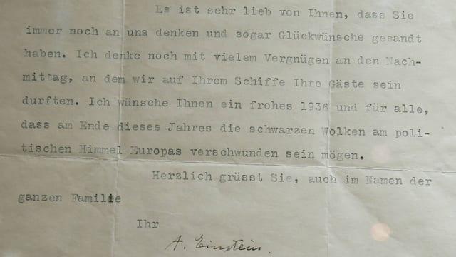 Ein Brief von Albert Einstein in Maschinenschrift.