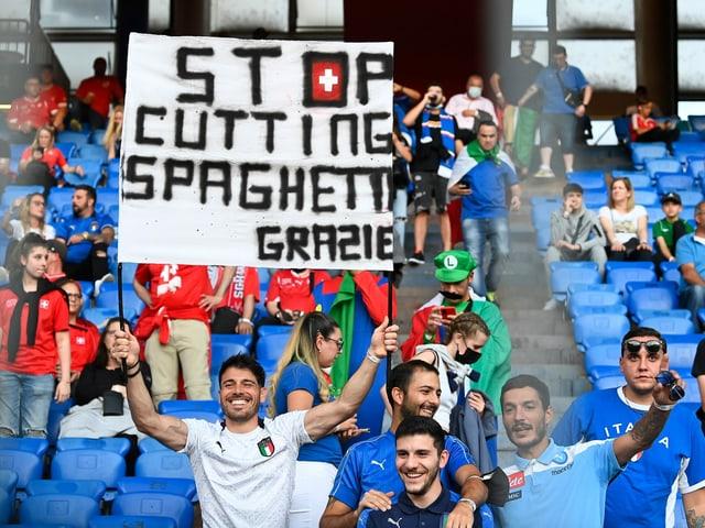 Italienische Fans in Basel.
