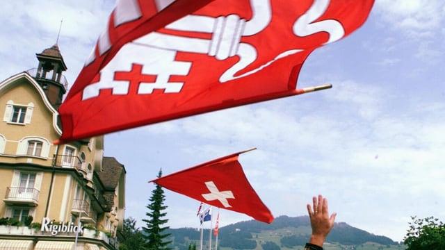 Die Nidwaldner Flagge.