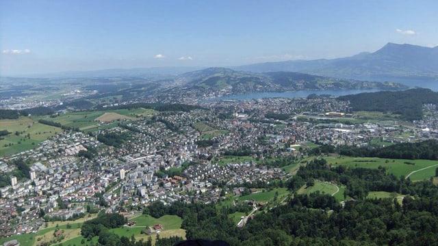 Luftbild Luzern und Agglomeration.