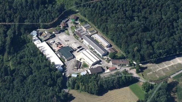 Luftaufnahme der militärischen Anlage «Haselbach» bei Rümlang.