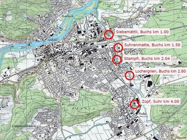 Karte mit roten Kreisen.