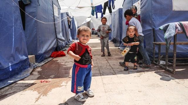 Kinder in einem Flüchtlingscamp.