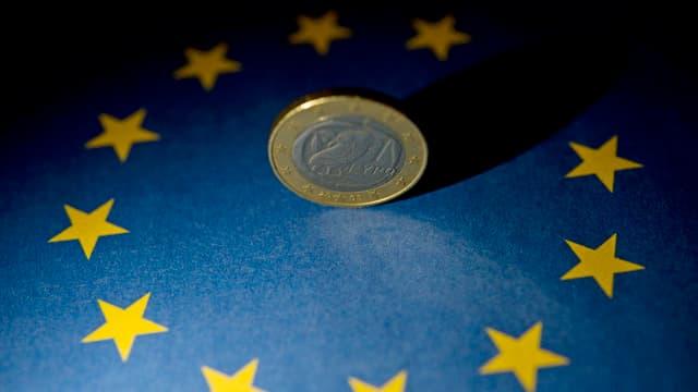 In euro grez entamez las stailas simbolicas per l'UE.
