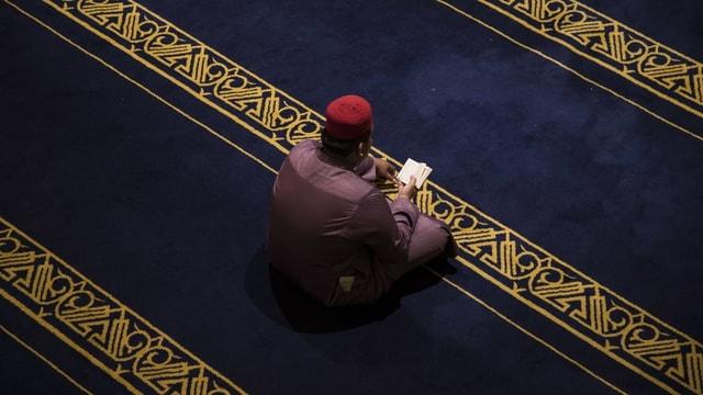 In muslim che fa in priedi.