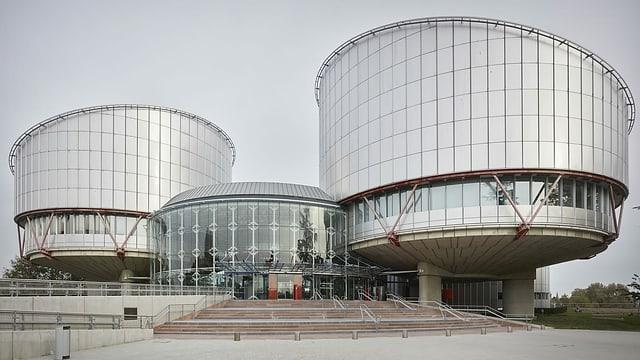 Bajetg dal tribunal a Strasbourg.
