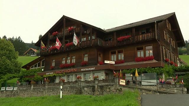 Video «Berner Oberland – Tag 2 – Landgasthof Rothorn, Schwanden» abspielen