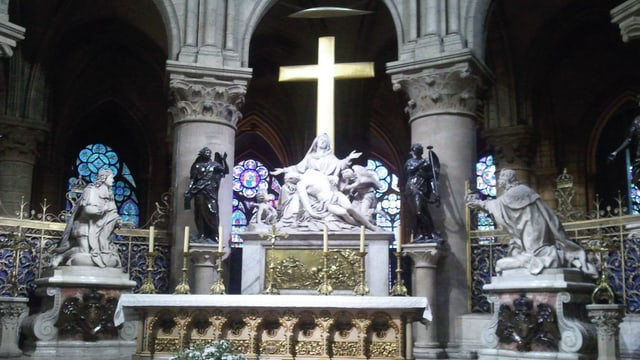 Röm.-kath. Weihnachtsmesse aus der Kathedrale Notre-Dame de Paris