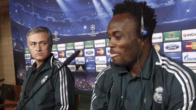 2005 holte Trainer Jose Mourinho (links) Michael Essien zu Chelsea. Nun stehen beide bei Real unter Vertrag.