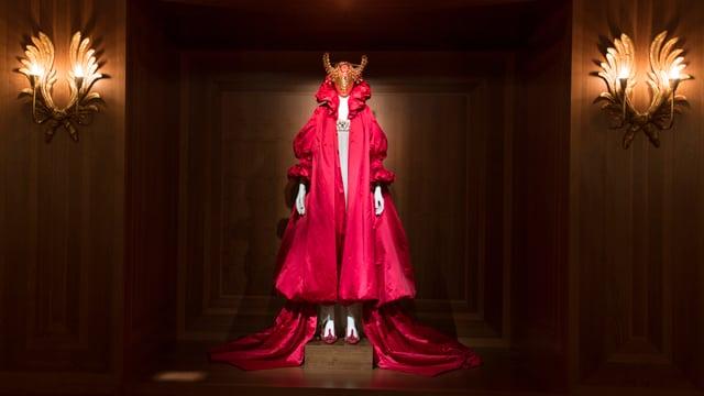Ein Kleid aus der Kollektion «Romantic Nationalism».